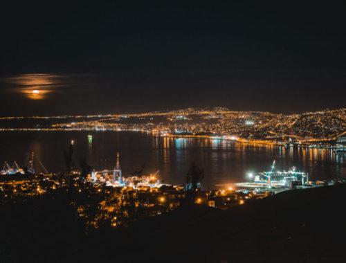 views from panorama hotel accommodation best hostel airbnb costa azul b&b lukas nina valparaiso chile city hill cerro alegro