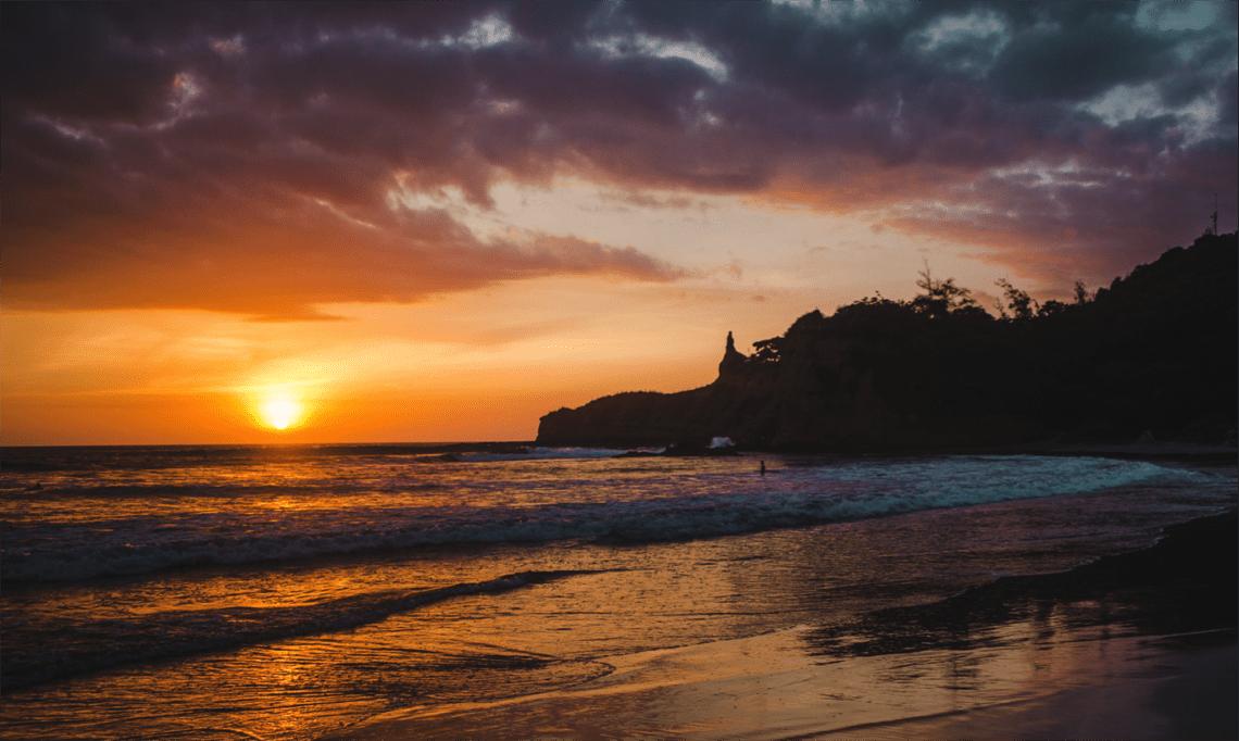 montanita ecuador montañita guide travel trips tips blog guide beach surf pacific coast ocean